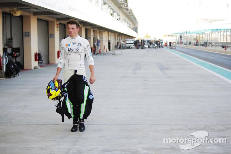 Nick Yelloly, Status Grand Prix