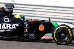 Spike Goddard, Force India F1 Team, Testfahrer, testet den Info Wing