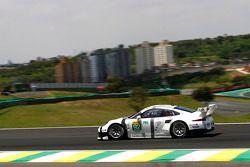 #92 Porsche Team Manthey Porsche 911 RSR: Patrick Pilet, Frederic Makowiecki