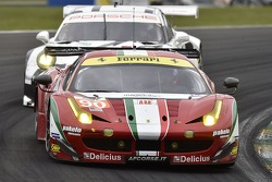 #90 8 Star Motorsports 法拉利 458 Italia: 吉安卢卡·洛达, 保罗·鲁贝蒂, 马迪奥·克勒索尼