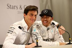 Toto Wolff et Lewis Hamilton