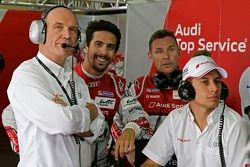 Dr. Wolfgang Ullrich, jefe de Audi Sport,con Lucas di Grassi, Tom Kristensen, Loic Duval