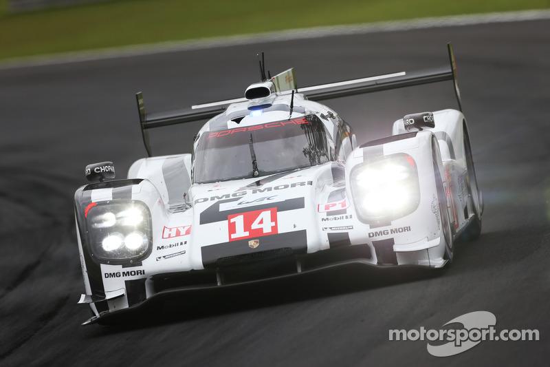 2014: Vencedores Neel Jani, Romain Dumas, Marc Lieb, #14 Porsche