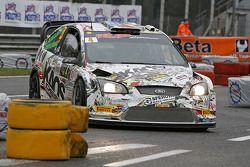 Marco Bonanomi en Biagio Maglienti, Ford Focus WRC