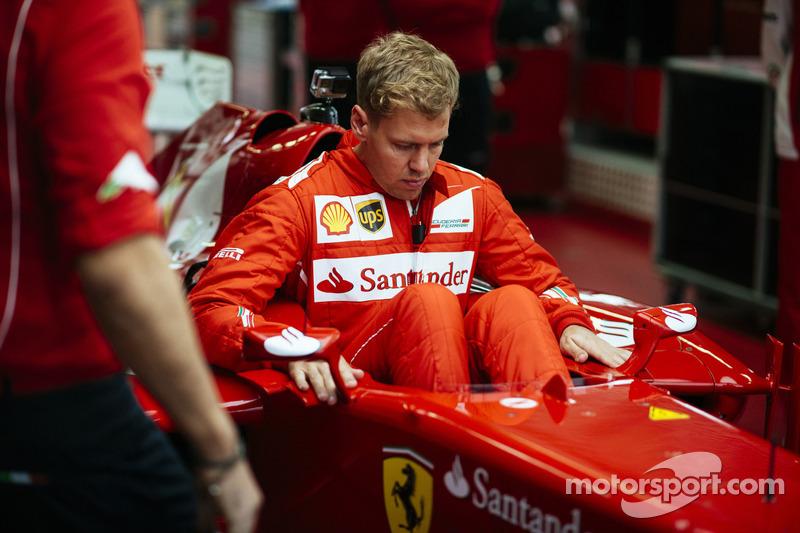 Немец сделал ход конем и в том же сезоне договорился о переходе в Ferrari. Новость была встречена болельщиками восторженно…