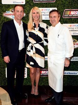 Kevin Harvick, Stewart-Haas Racing, avec sa femme DeLana Harvick et Daniel Boulud