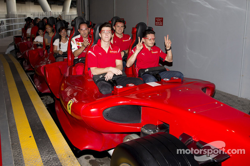 Giancarlo Fisichella, James Calado e Davide Rigon al Ferrari World