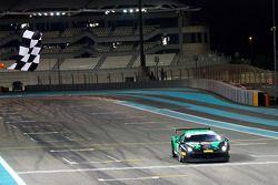 #401 Ferrari 458: Max Blancardi al ganar la competencia