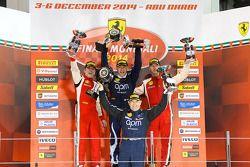 Ferrari Challenge APAC/NA podio carrera 1: Max Blancardi, ganador de carrera