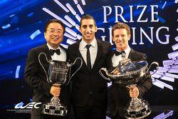 2014 WEC şampiyonları Sebastien Buemi ve Anthony Davidson
