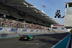 Max Blanautodilogra la victoria en Trdeeo Pirelli World Fenal