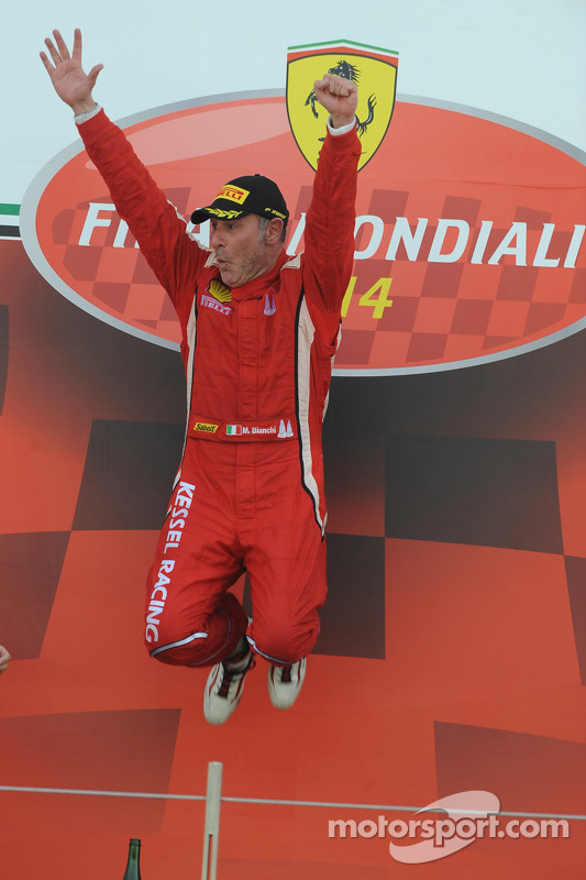 World Finals Coppa Shell podium: winnaar Massimiliano Bianchi