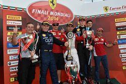 Finali Mondiali Trofeo Pirelli AM podium: vincitore Ricardo Perez con Kimi Raikkonen e Marc Gene