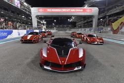 Ferrari FXX K y otros coches FXX