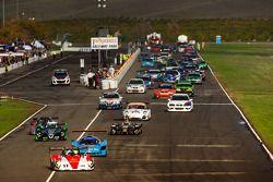 Comienzo: #17 Davidson Racing Norma M20F BMW: Alex Lloy d, Bob Davidson, Brian Frisselle, Kyle Marce