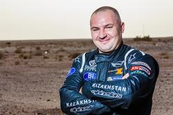 安东·尼克拉耶夫