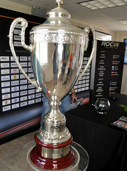 El trofeo de Race of Champions