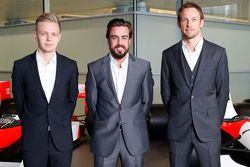 Kevin Magnussen, Fernando Alonso en Jenson Button, McLaren Honda