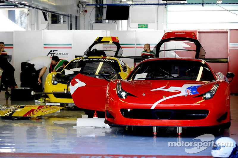 Ferraris getting ready