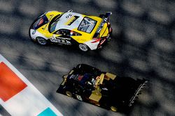 #50 Larbre Competition 保时捷 991 GT3 Cup 和 #45 Avelon Formula Wolf GB08
