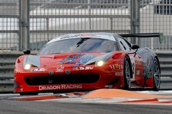 #88 Dragon Racing Ferrari 458 GT3: Mohammed Jawa, Sean Walkinshaw, Jordan Grogor
