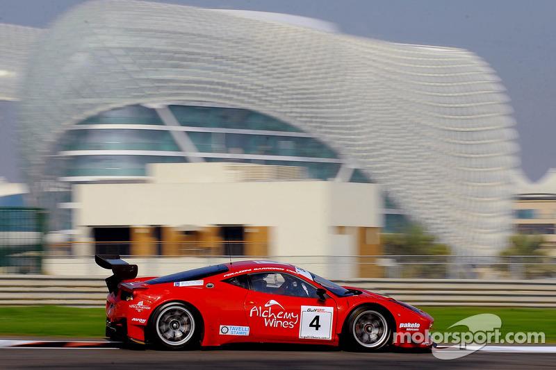 #4 AF Corse 法拉利 458 GT3: 菲利普·巴雷罗斯, 皮耶尔朱塞佩·佩拉齐尼, 马尔科·乔奇