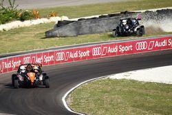 David Coulthard arkada Tom Kristensen galibiyete ulaşıyor