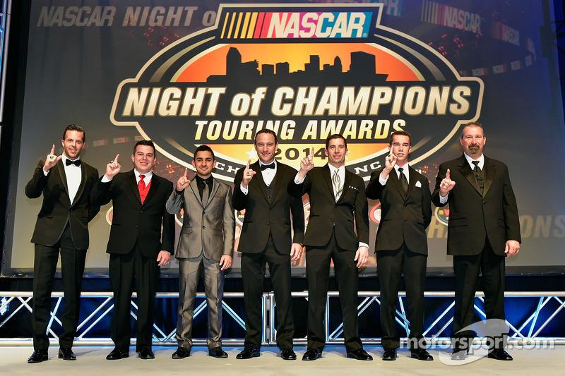 纳斯卡系列赛冠军Anthony Kumpen, Andy Seuss, Abraham Calderon, Louis-Philippe Dumoulin, Doug Coby, Ben Rhodes, Greg Pursley