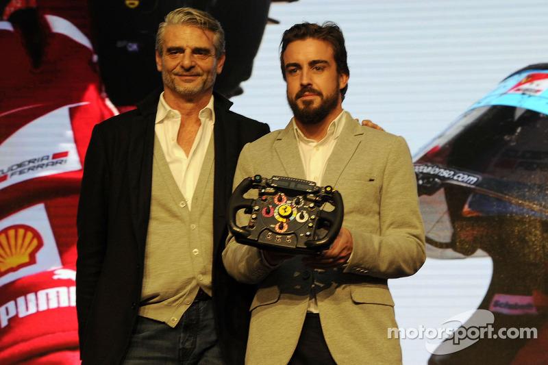 Maurizio Arrivabene y Fernando Alonso