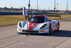 #5 Action Express Racing Corvette DP: Max Papis, Leh Keen stopped on track