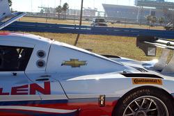 #5 Action Express Racing Corvette DP: Max Papis, Leh Keen : Stoppé sur la piste