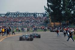 Les fans envahissent le circuit de Montréal
