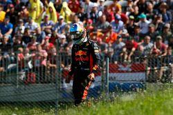 Daniel Ricciardo, Red Bull Racing se retira de la carrera