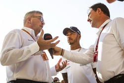 Lewis Hamilton, Mercedes-AMG F1 with Ross Brawn, Formula One Managing Director of Motorsports and James Allen
