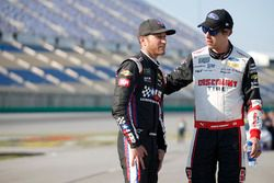 Brad Keselowski, Team Penske, Ford Fusion Discount Tire Kasey Kahne, Leavine Family Racing, Chevrolet Camaro Dark Matter presented by Ionomy