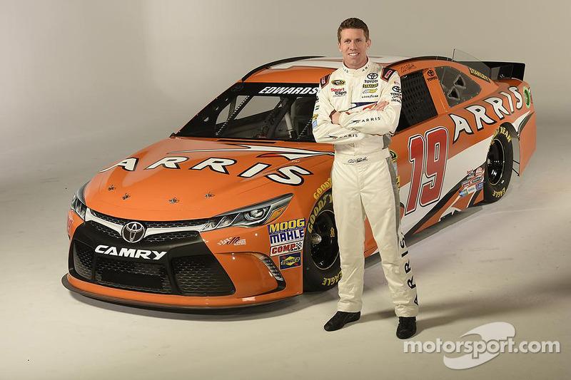 2015: Der neue Look mit Gibbs, Arris und Toyota