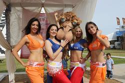 Encantadoras chicas del Fram