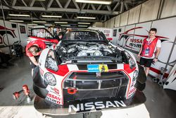 #23 Nissan GT Academy Team RJN Nissan GTR GT3