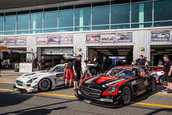 #27 Car Collection Motorsport Mercedes SLS AMG GT3: Tim Müller, Dirg Parhofer, Jürgen Krebs, Pierre Ehret, Norbert Pauels, #5 Car Collection Motorsport Mercedes SLS AMG GT3: Peter Schmidt, Heinz Schmersal, Johannes Siegler, Patrik Kaiser, Ingo Vogler