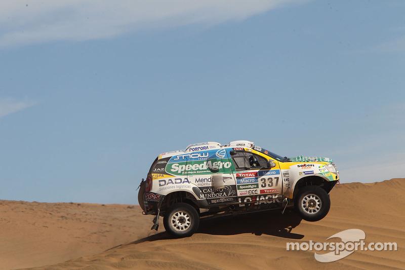 #337 Renault: Jose Garcia, Mauricio Malano