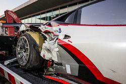 #15 Glorax Racing Ferrari 458 Italia GT3 back in the pit after a crash