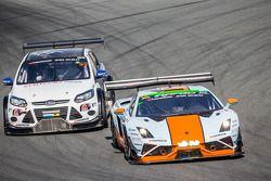 #69 Gulf Racing UK, Lamborghini Gallardo LP560 GT3: Roald Goethe, Stuart Hall, Frédéric Fatien, Jami
