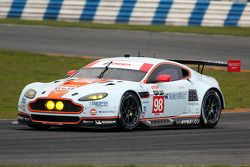 #98 Aston Martin Racing Vantage: Pedro Lamy, Darren Turner, Mathias Lauda, Paul Dalla Lana