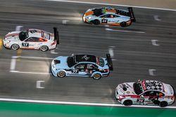 #17 Ruffier Racing Porsche 997 Cup: Patrice Lafargue, Paul Lafargue, Gabriel Abergel, #69 Gulf Racin