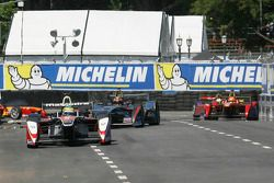 Bruno Senna, Mahindra Racing Formula E Team; Oriol Servia, Dragon Racing Formula E Team, und Nelson