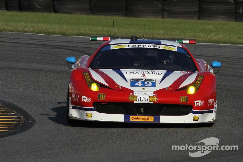 #49 AF Corse Ferrari 458 Italia: Pasin Lathouras, Michele Rugolo, Rui Aguas