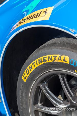 Continental band detail