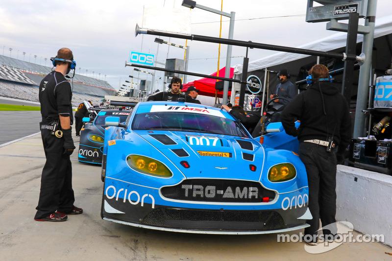 #007 TRG-AMR Aston Martin V12 Vantage: Brandon Davis, Christoffer Nygaard, Christina Nielsen, James
