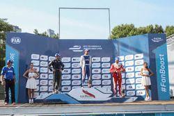Podium: El ganador Antonio Felix da Costa, segundo lugar Nicolas Prost, tercer lugar Nelson Pique