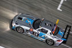 #18 Preci - Spark 梅赛德斯 SLS AMG GT3: David Jones, Godfrey Jones, Philip Jones, Gareth Jones, Morgan Jones
